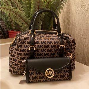Michael kors ginger handbag with wallet